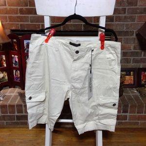 traffic jeans wear